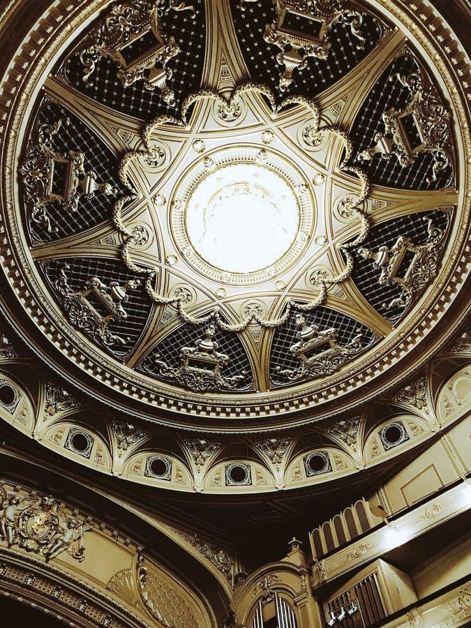 Taket av den Kyiv operahuset - OPERA - UKRAINA - EUROPA royaltyfri foto