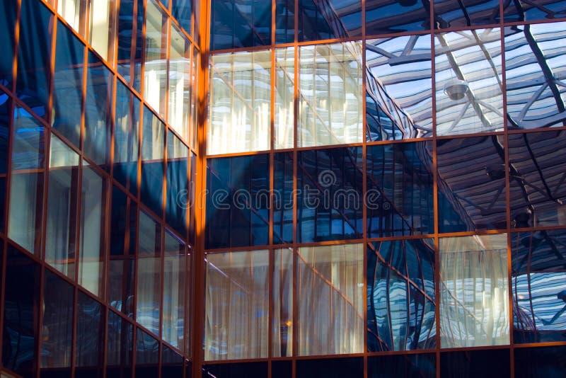 takfönsterfönster royaltyfri bild