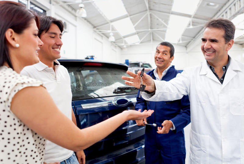 Download Taking Car To The Repair Shop Stock Photo - Image: 23878012