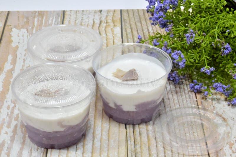?Tako-Taro ?Thaise traditionele snoepjes, eigengemaakt voedsel, huisvrouwen, zoet en heerlijk stock afbeelding