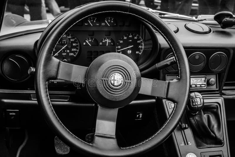 Taksówka terenówka Alfa Romeo Spider zdjęcia stock