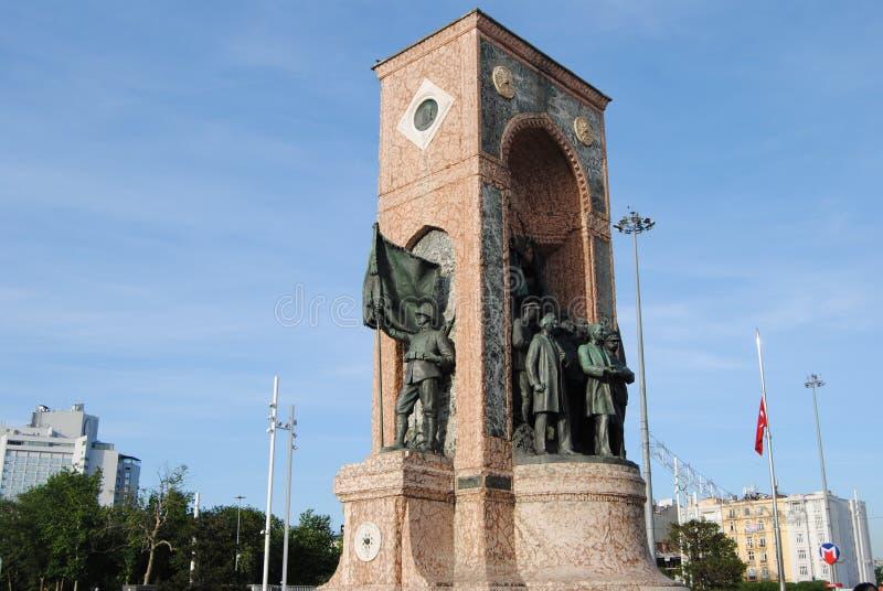 Taksim共和国纪念碑伊斯坦布尔土耳其 库存照片