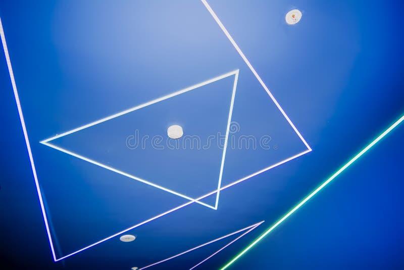 takstrukturer med lysrörbeståndsdelar royaltyfria bilder