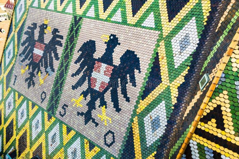 Taktegelplattor av St Stephen ' s-domkyrka, Wien, Österrike royaltyfri fotografi