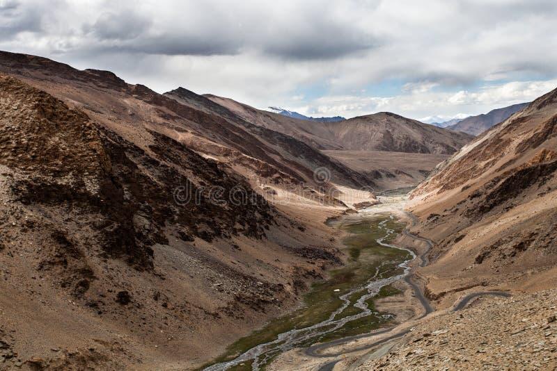 Download Tal stockfoto. Bild von reise, himalaja, wandern, senke - 27734178