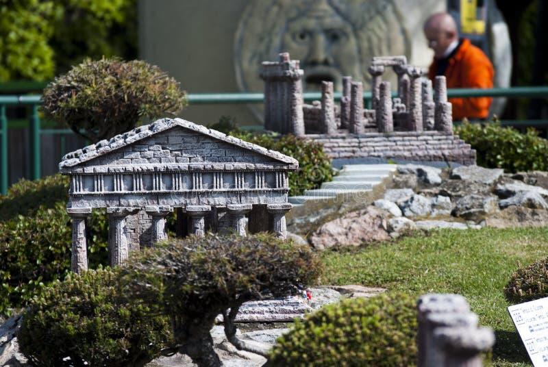 Tal Der Tempel Im Miniitalien-Park Redaktionelles Bild