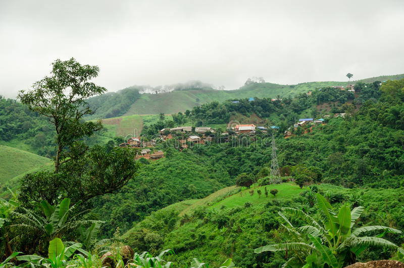 Tal-Dorf in Thailand lizenzfreie stockfotografie