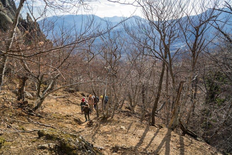 Tal von Geistern im Gebirgszug Demerdzhi nahe Alushta auf der Krimhalbinsel lizenzfreie stockfotos