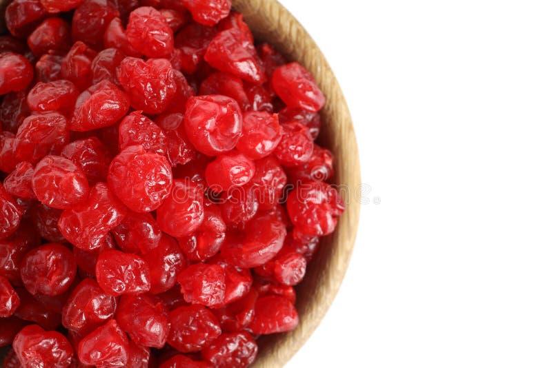 Talerz z smakowitymi wiśniami na białym tle Wysuszone owoc jako zdrowy jedzenie zdjęcia stock
