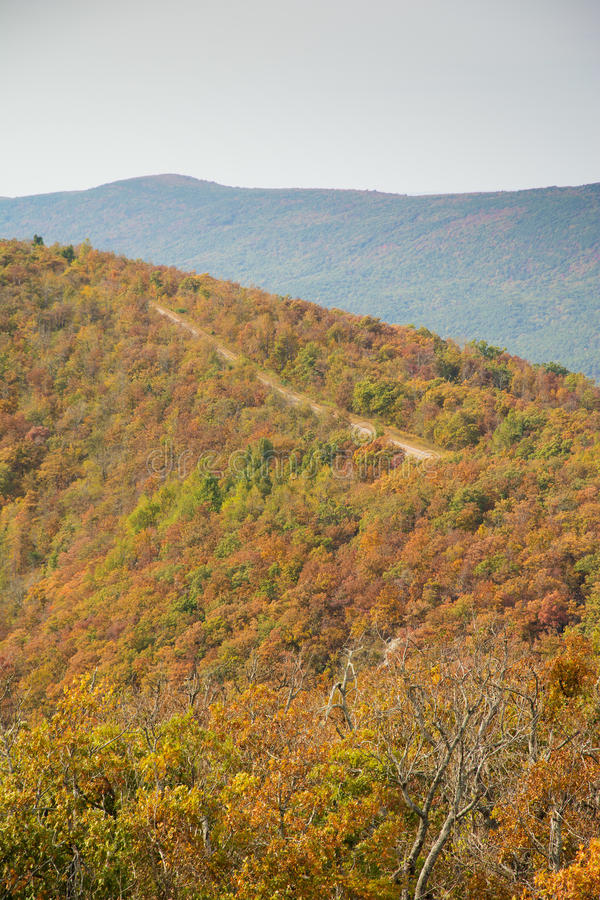 Talimena scenic byway running on the crest of the mountain royalty free stock photography