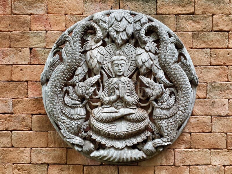 Talla de madera, Tailandia, Buda antiguo imagen de archivo libre de regalías