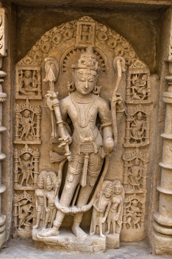 Talla de piedra en el ki Vav de Rani fotografía de archivo