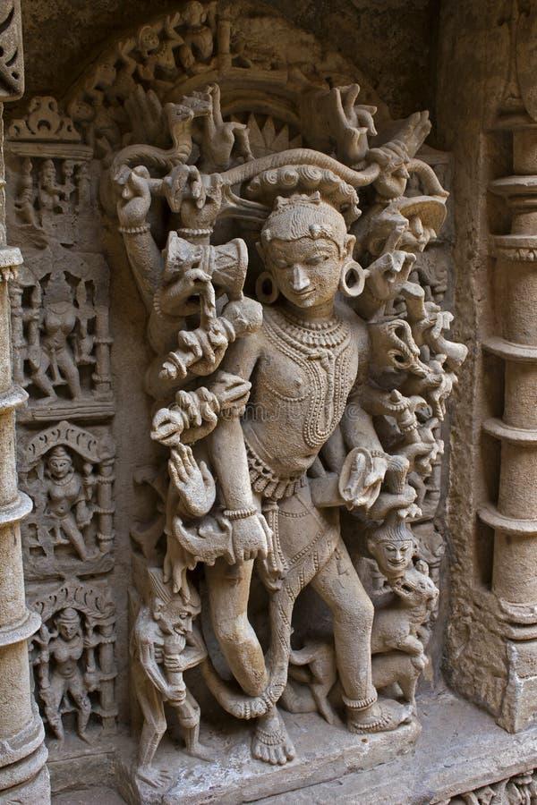Talla de piedra en el ki Vav de Rani foto de archivo
