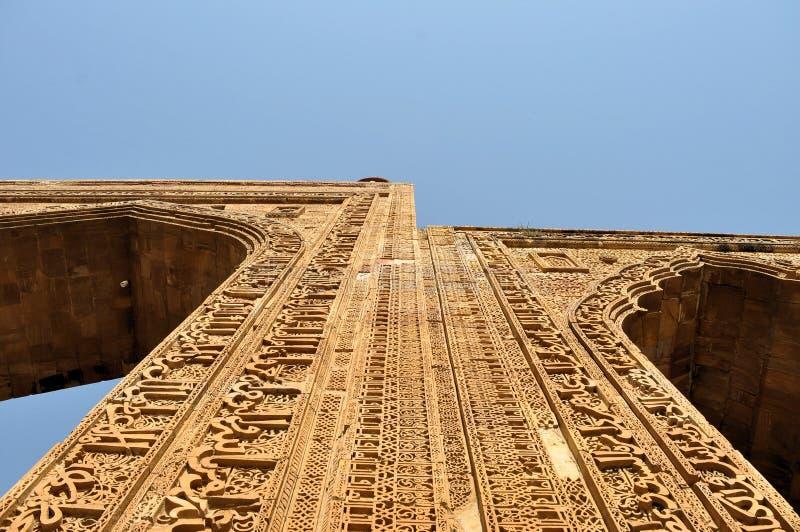 Talla de piedra en la mezquita antigua, Ajmer, Rajasthán imágenes de archivo libres de regalías