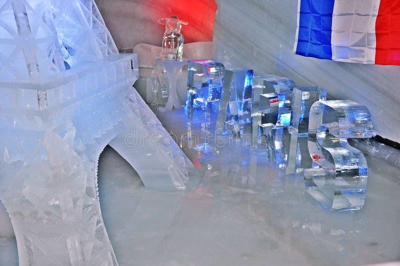 Talla del hielo de Dachstein - diseño de París fotos de archivo