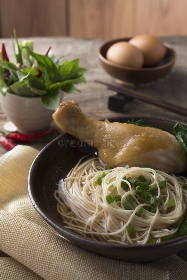 Tallarines asiáticos foto de archivo