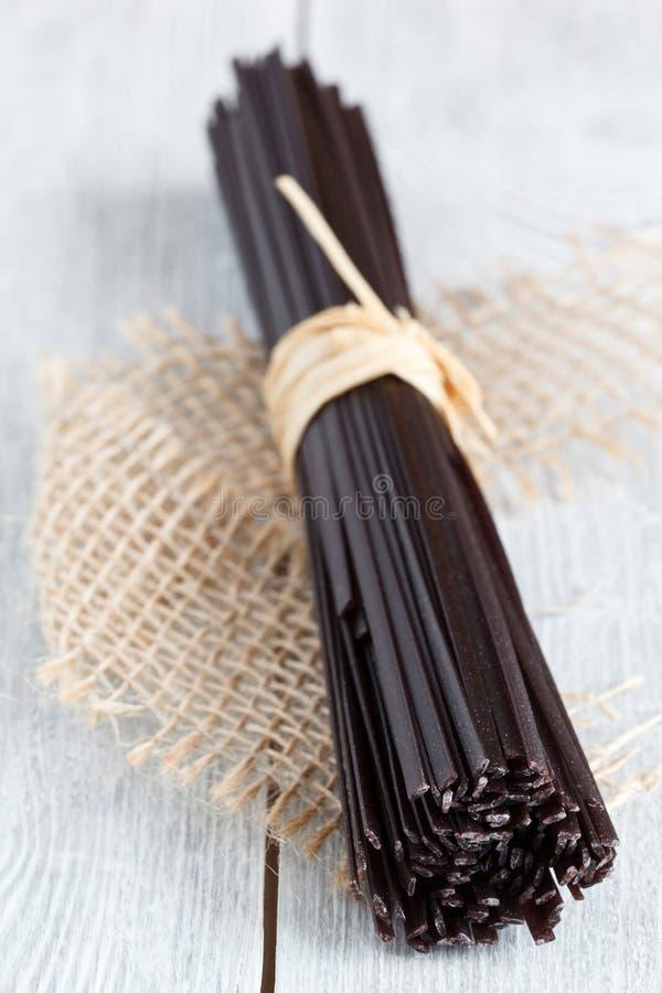 Tallarines de arroz negros foto de archivo libre de regalías