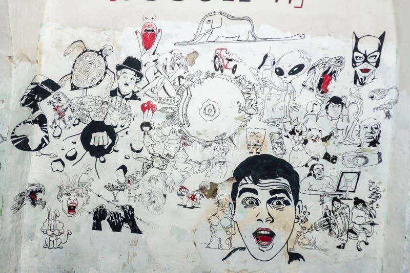 TALLINN, ESTLAND - 23. AUGUST 2016: Wandbild in der ehemaligen Seefestung Patarei und Gefängnis in Tallinn, Estland lizenzfreie stockfotos