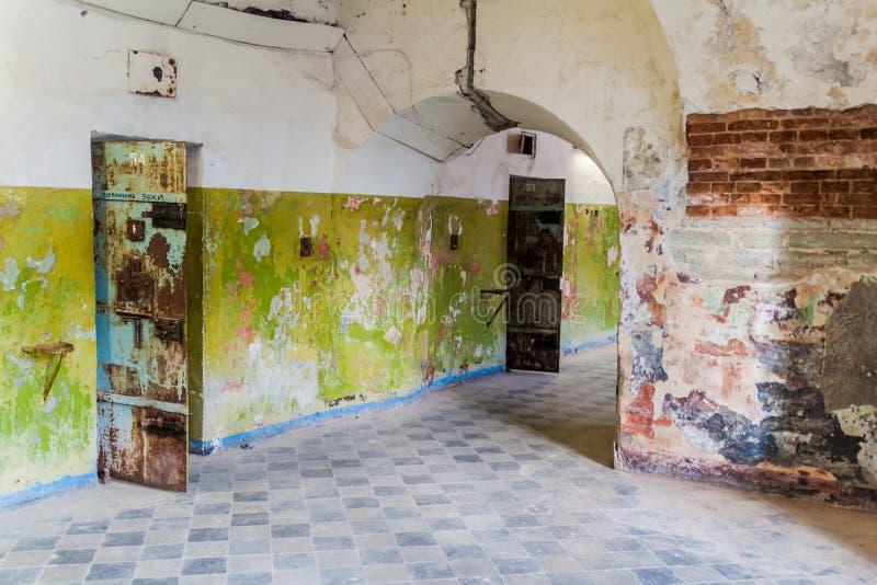 TALLINN, ESTONIA - 23 DE AGOSTO DE 2016: Interior de la fortaleza y de la prisión anteriores del mar de Patarei en Tallinn, Eston fotos de archivo
