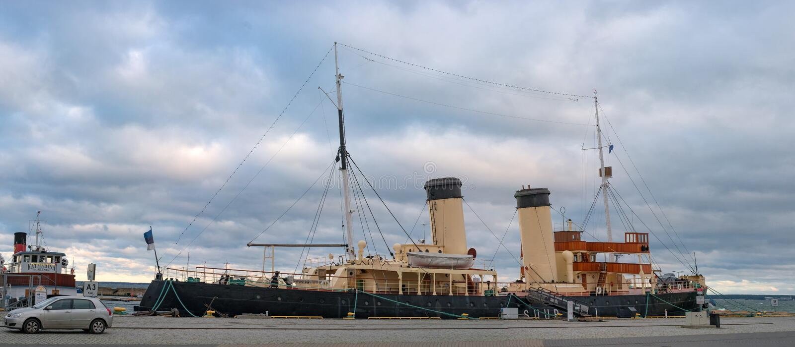 Tallinn, Estonia - November 18, 2018: Suur Toll icebreaker at the pier. The icebreaker steamer is part of the Tallinn. Maritime Museum and is based at the stock image