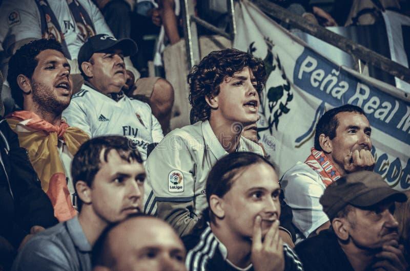 TALLINN, ESTONIA - 15 Sierpień, 2018: Fan Real Madrid w s fotografia royalty free
