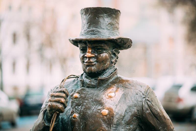 Tallinn, Estonie Statue en bronze de Lucky Happy Chimney Sweep With un certain bronze photo libre de droits