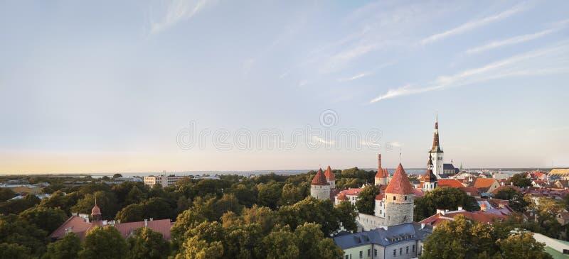 Download Tallinn - Hauptstadt Von Estland Stockbild - Bild von haus, europa: 26371441