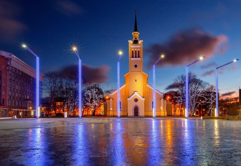 Download Tallinn Quadrado Da Liberdade Foto de Stock - Imagem de símbolo, christmas: 107528988