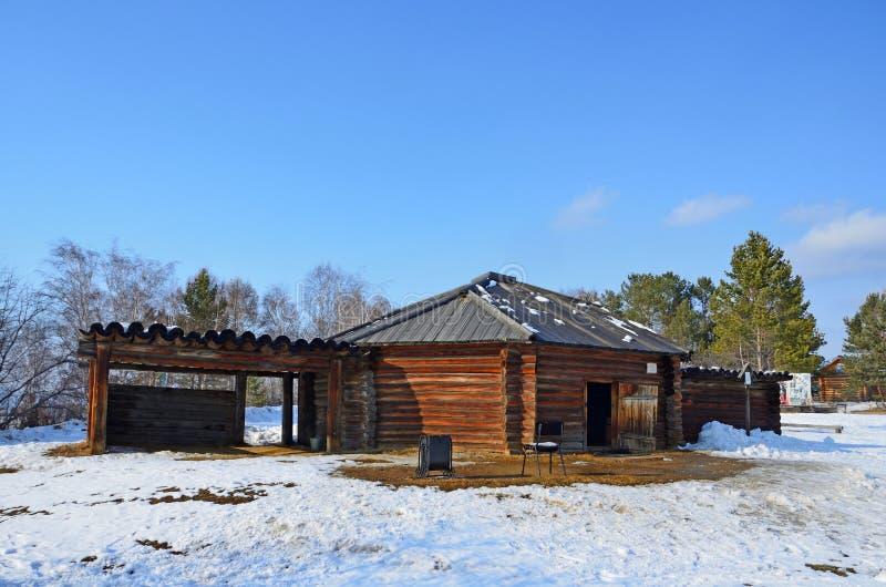 Taltsy,伊尔库次克地区,俄罗斯, 2017年3月, 02日 Buryat在伊尔库次克建筑民族志学博物馆` Taltsy `的木Yurt, Th 图库摄影