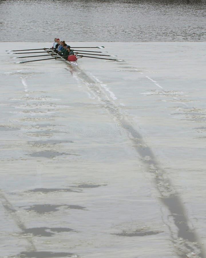 Download Tam zdjęcie stock. Obraz złożonej z wioślarz, łódź, breja - 37404
