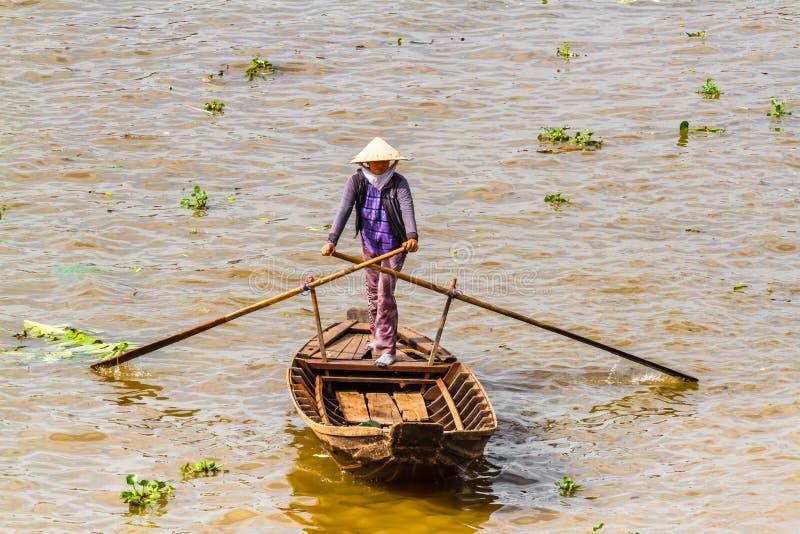 Tam Bản, Sampan, μικρή βάρκα στο ποταμό Μεκόνγκ, Βιετνάμ στοκ εικόνες με δικαίωμα ελεύθερης χρήσης