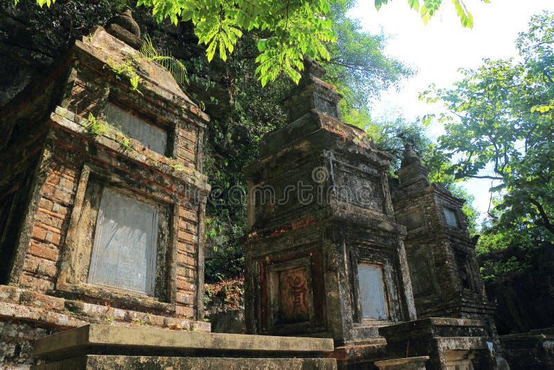Tama coc 3 świątynie na górze fotografia royalty free