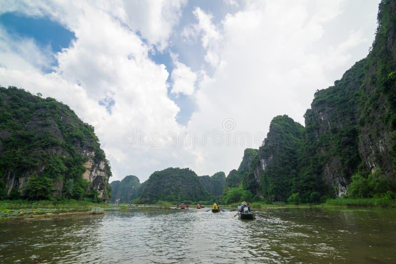 Tama Coc, Ninh Binh Wietnam, Wrzesień, - 14, 2014 fotografia royalty free