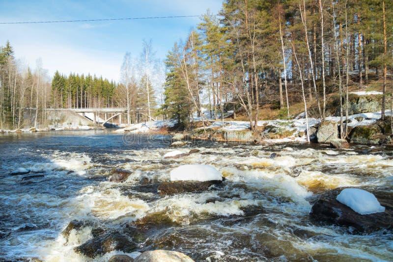 Tama i próg na rzecznym Jokelanjoki, Kouvola, Finlandia zdjęcia royalty free