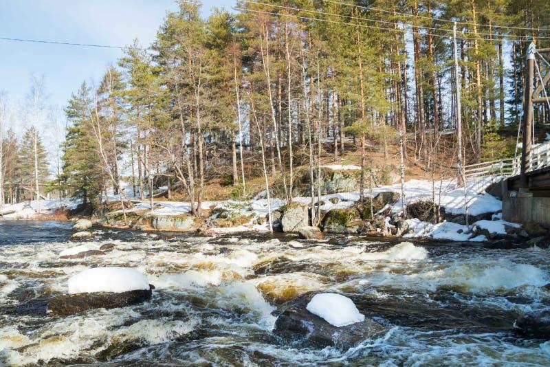 Tama i próg na rzecznym Jokelanjoki, Kouvola, Finlandia obraz royalty free