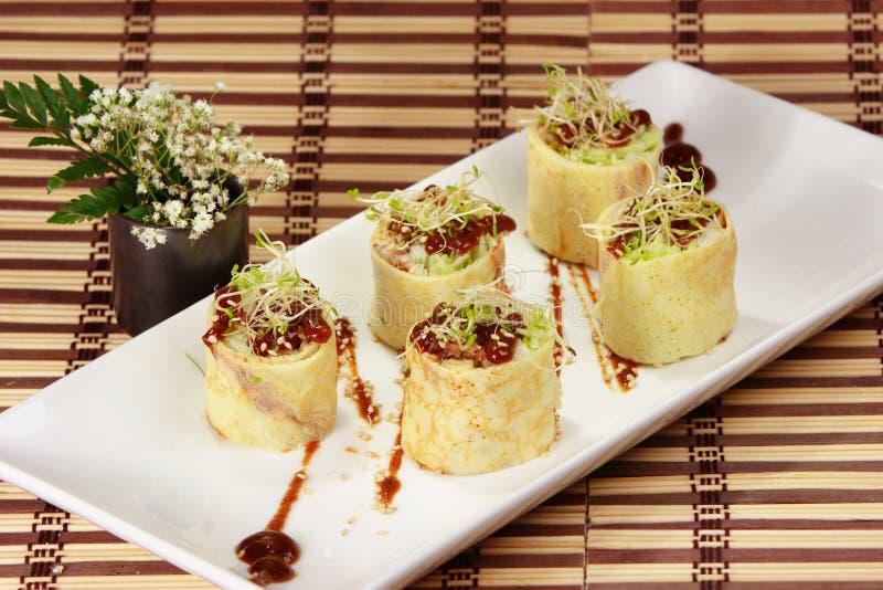 Download Tamagoyaki Roulé Par Omelette Japonaise De Dashimaki Image stock - Image du craquement, gingembre: 8656551