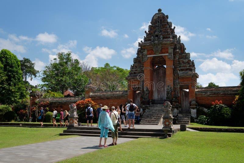 Taman Ayun tempel i Bali - Indonesien arkivbild
