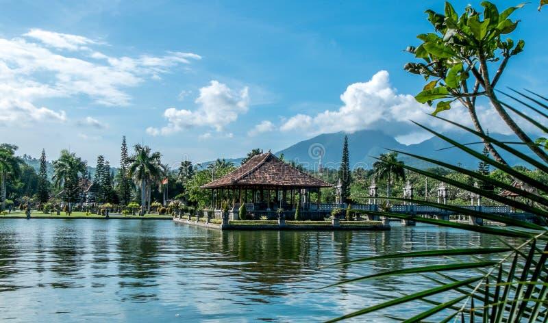 Taman Ujung, Waterpaleis Reis en architectuurachtergrond Het Eiland van Indonesi?, Bali stock foto
