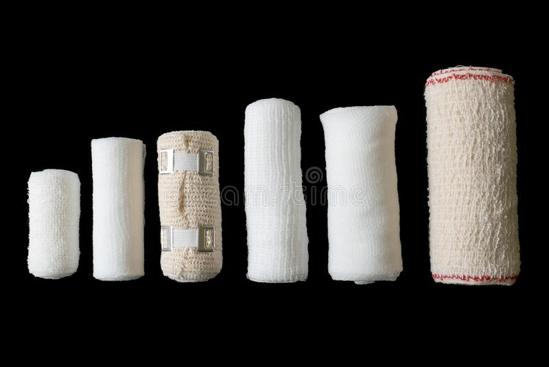 Tamanhos diferentes das ataduras médicas foto de stock royalty free