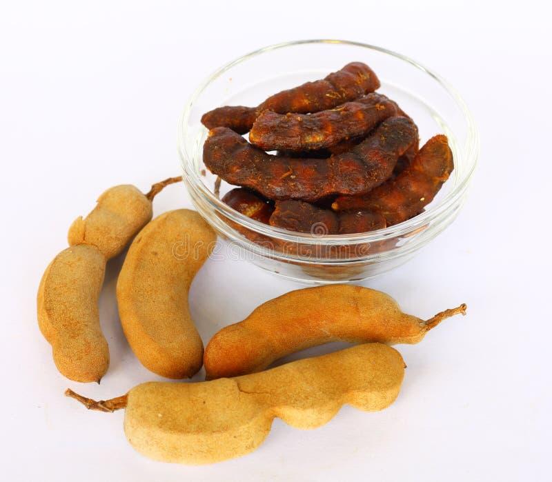 Tamarindfrukt eller mor kham i thailändskt språk royaltyfri fotografi