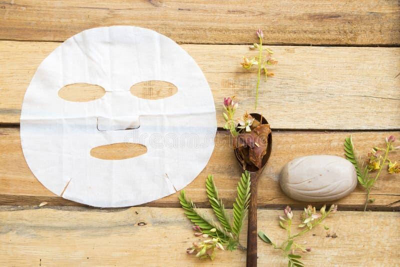 Tamarinier de fines herbes d'arome de feuille d'extrait naturel de masque photos libres de droits