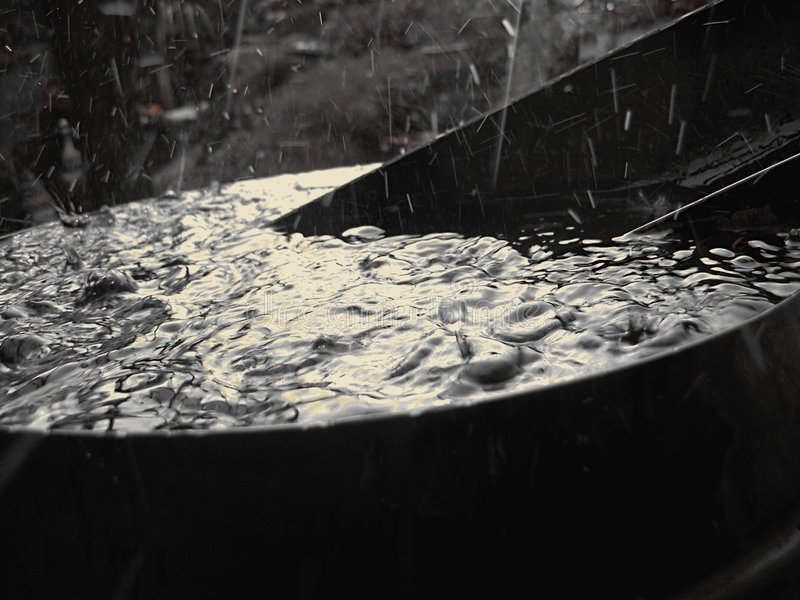 Tambor da água da chuva foto de stock royalty free