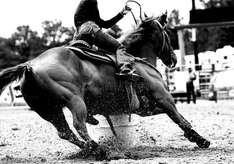 Tambor do rodeio que compete o close up (BW) fotografia de stock royalty free