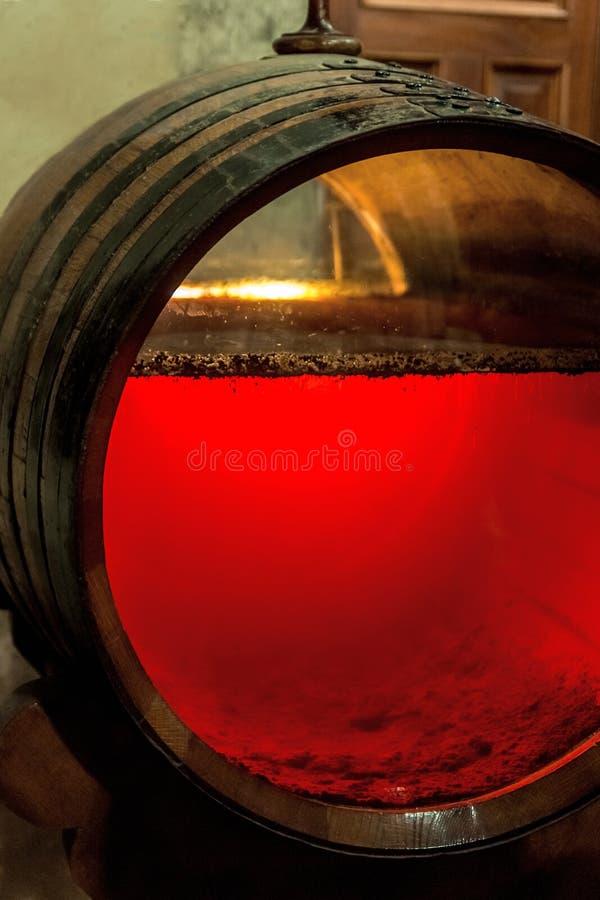 Tambor velho da xerez com glassfront imagem de stock royalty free