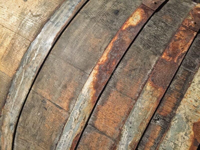 Tambores de vinho de madeira fotografia de stock royalty free