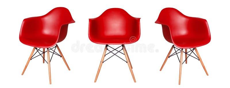 Tamborete vermelho moderno da cadeira isolado no fundo branco fotografia de stock