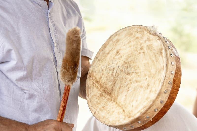 Tambour de basque de chaman authentique vibrant de tambour de basque de tambour de chaman images stock
