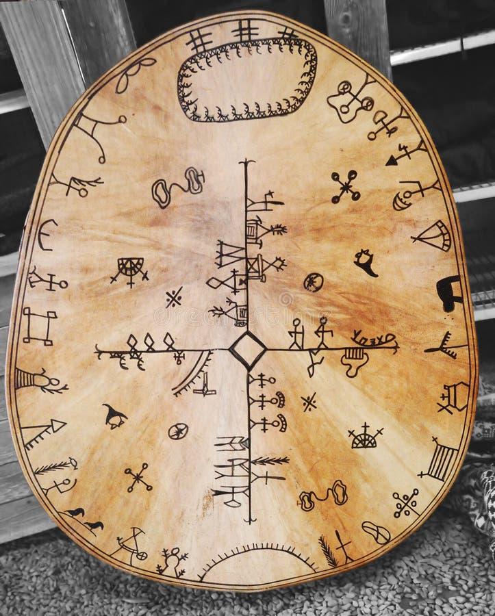 Tambour traditionnel de Sami. illustration stock