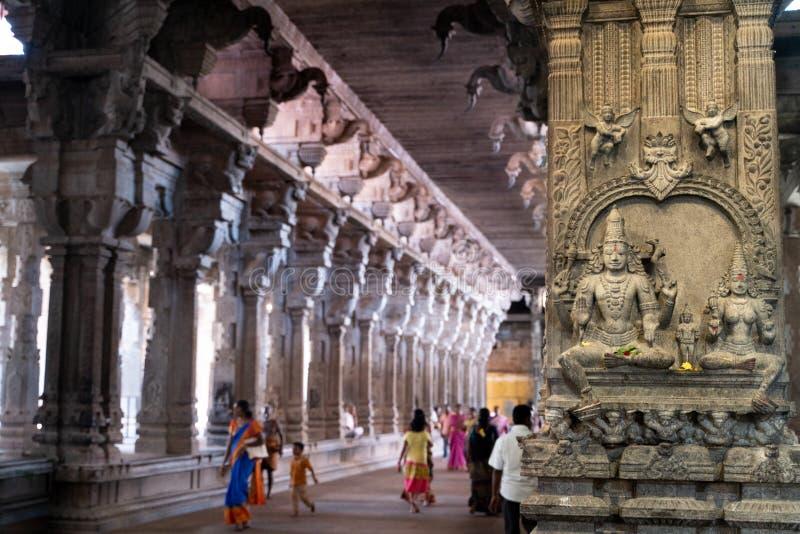 Tamil Nadu/Ινδία-25 01 2019: Η άποψη μέσα στον παλαιό ινδό ναό στην Ινδία στοκ εικόνες