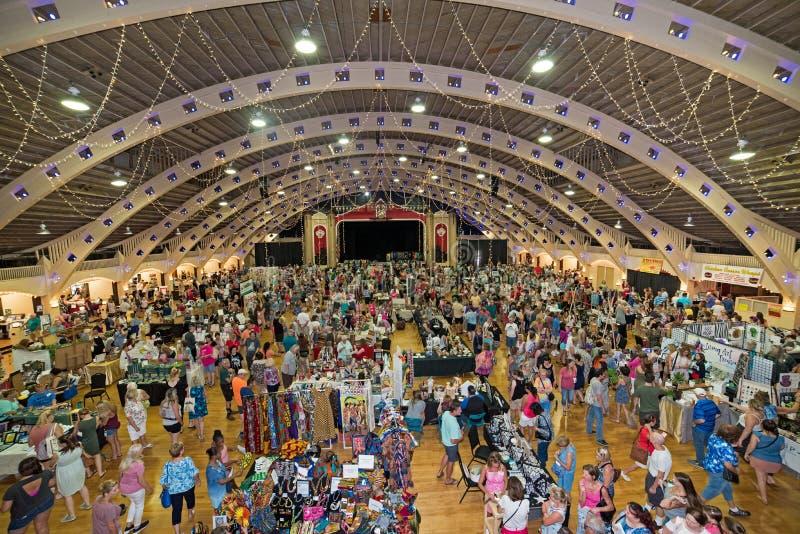 Tampa Bay Etsy Handwerksshow lizenzfreie stockfotografie